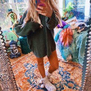 Olive Woodstock Velvety Chenille Chunky Sweater ✨
